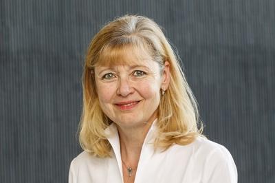 Prof. Dr. Astrid Junge, PhD